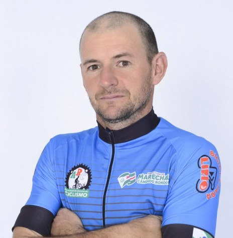 Ciclista Marcelo Konzen bicampeão do Campeonato Regional Oeste de Mountain Bike 2018.  Imagem: Acervo Associação Rondonense de Ciclismo (ARC) - FOTO 5 -
