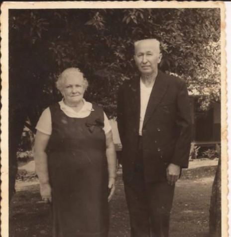 Casal de pioneiros Leopoldo Schöne e Lidia Brauwers que chegou a então Vila de General Rondon em 13 de maio de 1951.  Imagem: Acervo Lauro Schöne