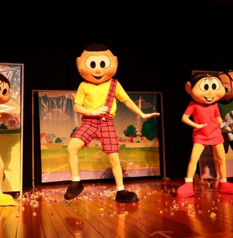 Turma da Mônica na apresentação da peça