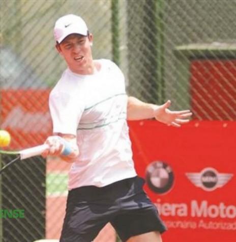 O tenista rondonense Marlon de Oliveira que representou o Brasil no Luanda Tenis Open, na cidade de Luanda. Imagem: Acervo O Presente - FOTO 5 -