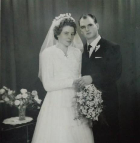 Noivos Clarice Vogt e João Natálio Stein, pioneiros rondonenses que se casaram em Santa Cruz do Sul (RS), em julho de 1961. Imagem: Acervo da família - FOTO 1 -