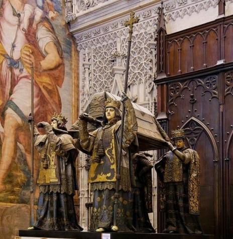 Sepultura de Cristóvão Colombo na Catedral de Sevilha, Espanha. Imagem: Acervo TV Imperial - FOTO 2 -