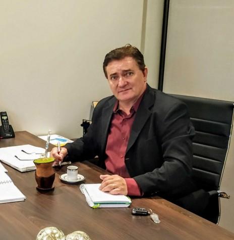 Rineu Menoncin, prefeito municipal de Matelândia, que assumiu a presidência da Associação dos Municípios do Oeste do Paraná (AMOP), no começo de abril de 2020. Imagem: Acervo O Presente - FOTO 14 -