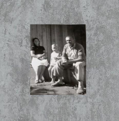 Conrado Kempa com esposa e neto. Imagem: Acervo Silvio Kempa - Brasnorte (MT) - FOTO 7 -
