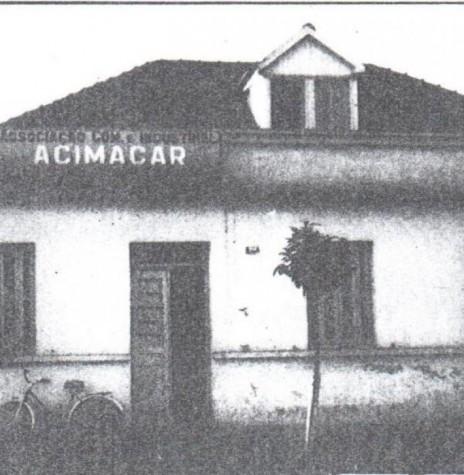Primeira sede da Associação Comercial e Empresarial de Marechal Cândido Rondon (ACIMACAR).  Imagem: Acervo Acimacar - FOTO 1 -