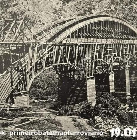 Construção da ponte sobre o Rio das Antas (RS). Imagem: Acervo 1º Batalhão Ferroviário - FOTO 8 -