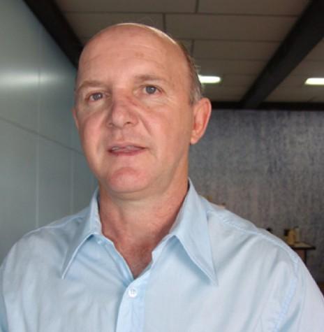 Derli Antonio Donin, ex-prefeito da cidade de Toledo, candidato a vice-governador na chapa de Osmar Dias, nas eleições de 2006.  Imagem: Acervo Fábio Campana - FOTO 3 -