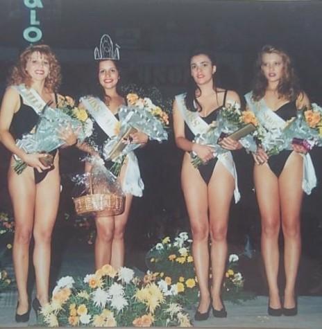 Outro instantâneo das  soberanas do Miss Marechal Cândido Rondon 1994. Imagem: Acervo Miriram Völz Wegner (Pato Bragado) - FOTO 17 -
