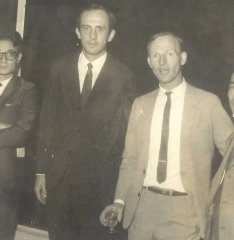Dirigentes cooperativistas paranaenses fundadores da Organização das Cooperativas do Paraná (OCEPAR). Da esquerda à direita: Takeki Nishiyama, Wilson Thiesen, Guntolf van Kaick e Yoneju Tsunoda.  Imagem: Acervo Ocepar - FOTO 4 -