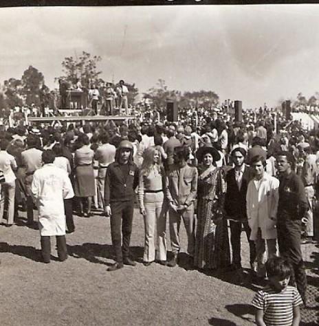 Inauguração da TV Tibagi, em Apucarana, de propriedade de Paulo Pimentel,  em 1969.  Imagem: Acervo JWS  - FOTO 2 -