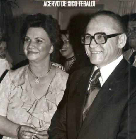 Paranaense Roberto Wypich com esposa, ele falecido em agosto de 2020, na cidade de Anápolis, Goás.  Imagem: Acervo identificado no cromo - FOTO 13 -