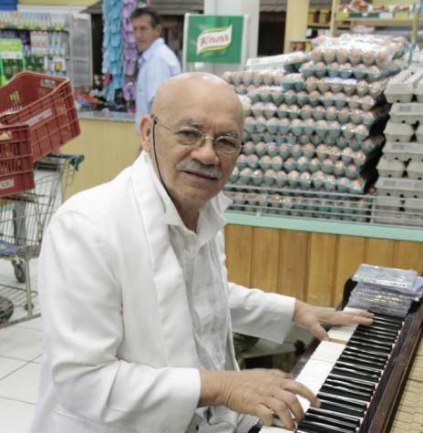 Pianista José Idomineu da Silva