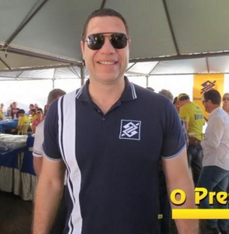 Atleta olímpico Marcelo Negrão na estande do Banco do Brasil no Parque de Exposições Álvaro Dias, durante a ExpoRondon 2017. Imagem: Acervo  O Presente Digital - FOTO 8 -