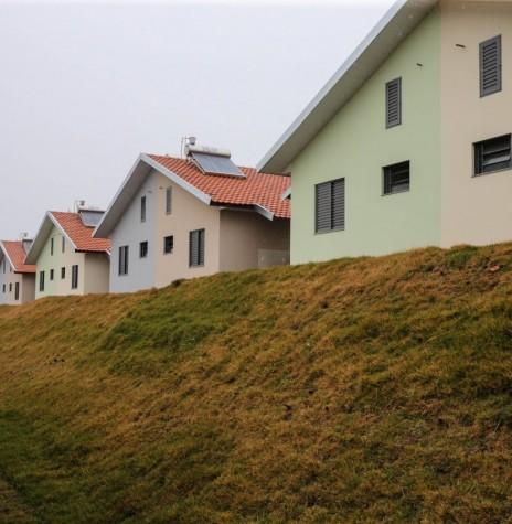 Vista parcial das moradias do Residencial Sol Nascente.  Imagem: Acervo Agência de Notícias do Estado - FOTO 6 -