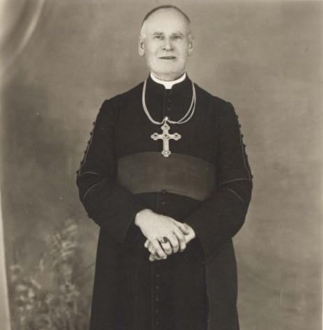 Dom Manoel Könner, prelado de Foz do Iguaçu, que encaminhou o assunto da criação da diocese do Oeste do Paraná.  Imagem: Acervo Memória Rondonense - FOTO 2 -