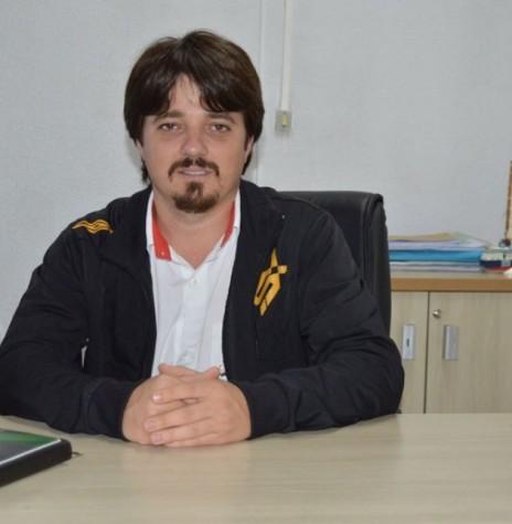 Empresário Alexandre Luiz Stein reconduzido a presidente da Associação Comercial e Empresarial de Entre Rios do Oeste (ACIER) para o biênio 2018/2020.  Imagem: Acervo Faciap - FOTO 3 -