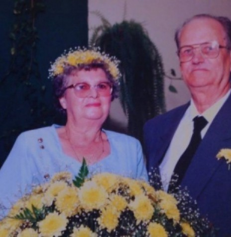 Casal   pioneiro Elli (nascida Arndt) e Alfredo Krause, fotografado no dia da comemoração de sua Bodas de Ouro, em 04 de outubro de 1997.  Imagem: Acervo Clecio Krause - Naranjal - Paraguai
