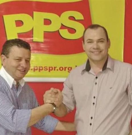 Sindicalista Wilson Moraes (PPS) e o bombeiro Jairo Kaiser (PSL) indicados para as candidaturas a prefeito e vice-prefeito, respectivamente, de Marechal Cândido Rondon, para as eleições de outubro de 2016.  Imagem: Acervo O Presente - FOTO 6 -