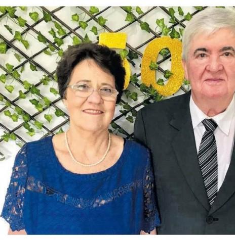 Casal jubilar Eleonora e Nelson Roesler.  Imagem: Acervo O Presente - FOTO 9 -