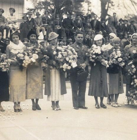 Celebração do primeiro Dia das Mães na cidade de Porto Alegre, em 12 de maio de 1918.  Imagem: Acervo G1 -- FOTO 3 --