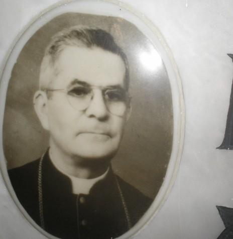 D. Inácio Krause, primeiro administrador apostólico da Diocese de Toledo.  Imagem: Acervo http://zdieciadompolskicdt.blogspot.com.br/ - FOTO 3 -
