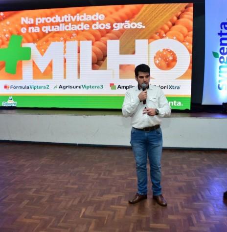 Rodolfo Bonfim dos Santos, representante da Syngenta na premiação do Grano Top Milho 2018.  Imagem: Acervo Comunicação Copagril - Crédito: Marcelo Leobett - FOTO 12 -