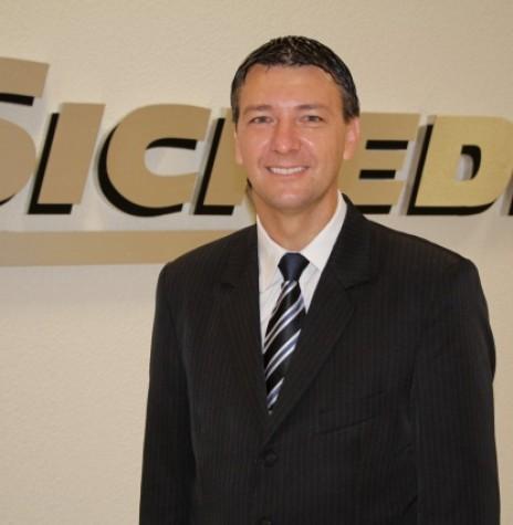 Gilson Metz que assumiu a diretoria de negócios da Sicredi Aliança PR/SP, em 18 de maio de 2015.  Imagem: Acervo AquiAgora.net - FOTO 4 -