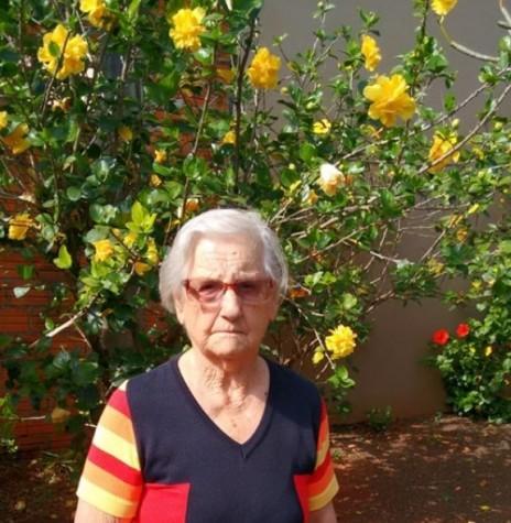 A pioneira Olinda Camila Viteck no dia de seu aniversário de 90 anos, em junho de 2019.  Imagem: Acervo Erci Viteck - FOTO 10 -