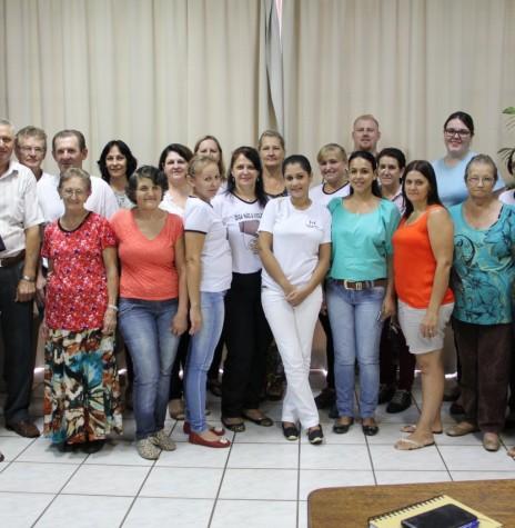Composição de novo Conselho Municipal de Saúde, de Pato Bragado, que tomou posse em 03 de fevereiro de 2016.   Imagem: Acervo PM - Pato Bragado Crédito: Marili Besso - FOTO 4 -