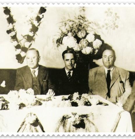 O primeiro Secretário da Agricultura do Paraná foi o Dr. Manoel Carneiro Albuquerque Filho (na foto, o 1º da esquerda para direita), Engenheiro Agrônomo do Ministério da Agricultura do Rio de Janeiro, que veio ao Paraná a convite do então Presidente Getúlio Vargas. Imagem: Acervo SEAB - FOTO 2 -