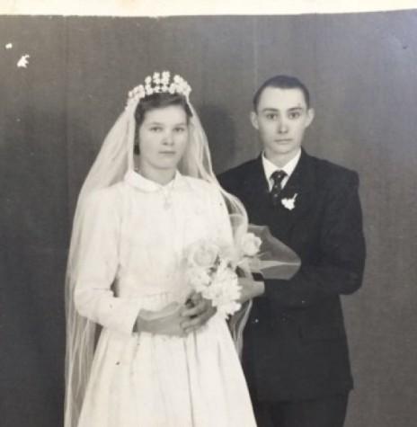 Casamento  dos rondonense Hilga Borchardt e  Edgar Schneider, na cidade de Três Passos (RS).  Imagem: Acervo Isa Vasques - FOTO 2 -