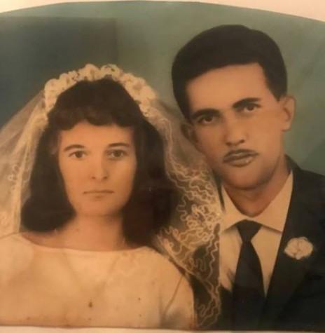 Os jovens pioneiros Nelsi Schwantes e Wilfrid Baasch que se casaram em final de abril de 1966.  Imagem: Acervo de Rosecler Baasch - FOTO 1 -