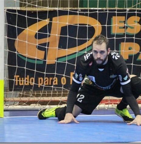 Goleiro Baranha que deixou a equipe da Copagril Futsal em outubro de 2017.  Imagem: Acervo Imprensa Copagril - Crédito: Carina Ribeiro - FOTO 14 -