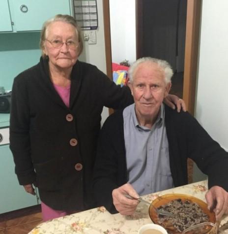 Casal pioneiro Hedwig e Rodolfo Tierling.  Imagem: Acervo Valdir Tierling - FOTO 1 -