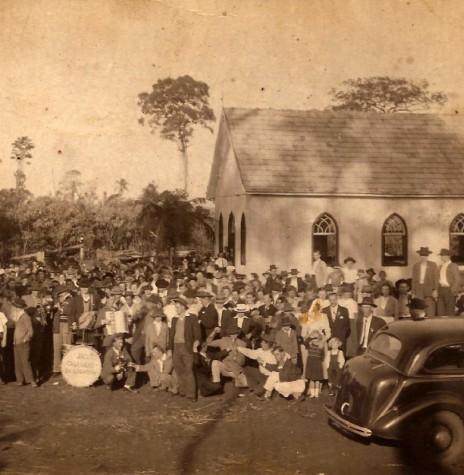 Inauguração festiva do primeiro templo da Comunidade Luterana Cristo. Imagem: Acervo Clarice Verônica Vorpagel