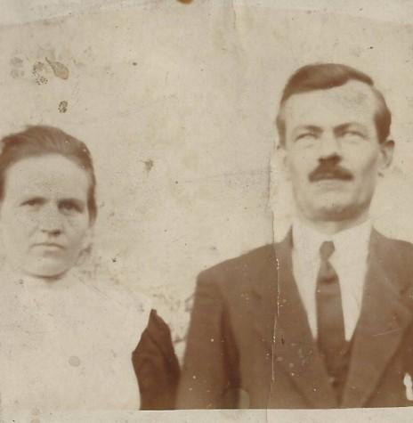 Pioneiro Roberto Graff e esposa Alwine Thielmann, ele falecido em dezembro de 1971.  Imagem: Acervo Vilton Graff