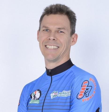 Ciclista Marco Aurélio Stenzel , campeão na categoria Master 4 Sport no Regional Oeste Mountain Bike 2018.  Imagem: Acervo ARC - FOTO 6 -