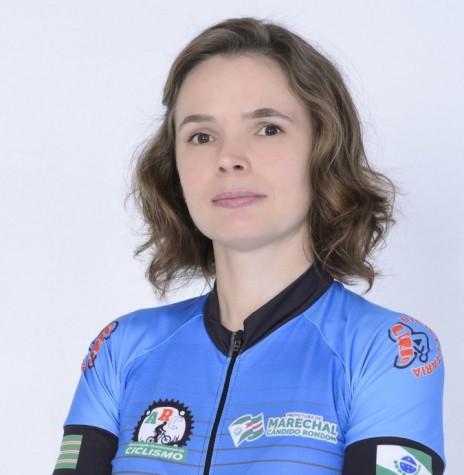 Ciclista Rosângela Cristina Schmit Rosangela Cristina Schmit,  vencedora da prova em Assis Chateubriand na categoria Master A Feminino.  Imagem: Acervo ARC - FOTO 7 -