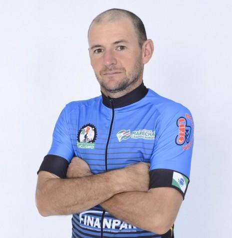 Ciclista rondonense Marcelo Konzen bicampeão do Regional Oeste de Mountain Bike.  Imagem: Acervo ARC - FOTO 12 -