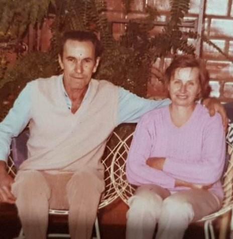 O pioneiro Otto Grings e esposa Cháritas, ele falecido em abril de 1998.  Imagem: Acervo da Família - FOTO 5 -