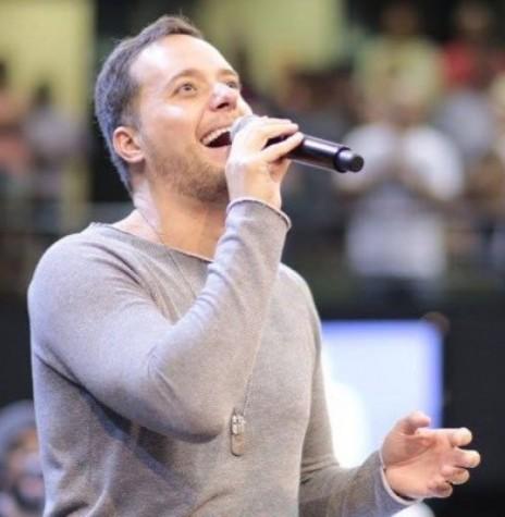 Músico André Valadão que se apresentou em Pato Bragado, em junho de 2018.  Imagem: Arquivo pessoal - FOTO 9  -