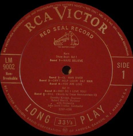 Primeiro disco de vinil  lançado pela RCA Victor nos Estados Unidos, no começo de 1950.  Imagem:  Acervo CVINYL.COM - FOTO 1 -
