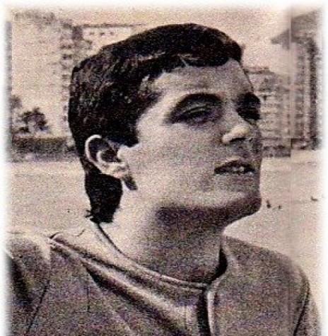 Cantor Ary Sanches que se apresentou em Marechal Cândido Rondon, em 11 de junho de 1976.  Imagem: Acervo www.jovem-guarda.com.br