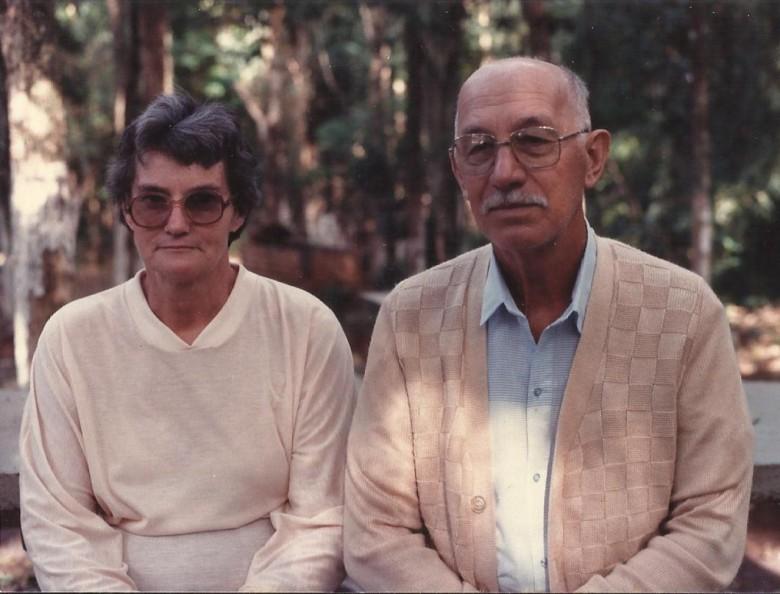 Casal Hertha (nascida Hassemer) e Hartiwig Schade.