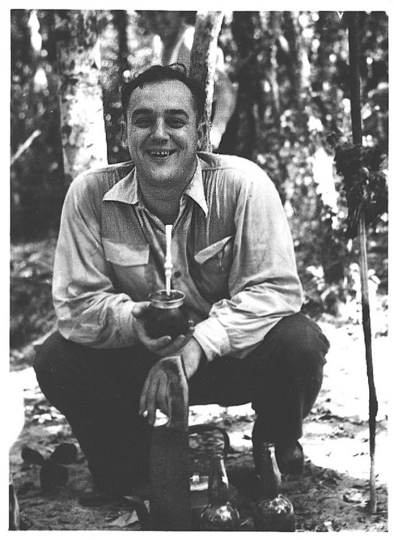 Dr. Seyboth em visita as Sete Quedas, Guaíra, em 1955.