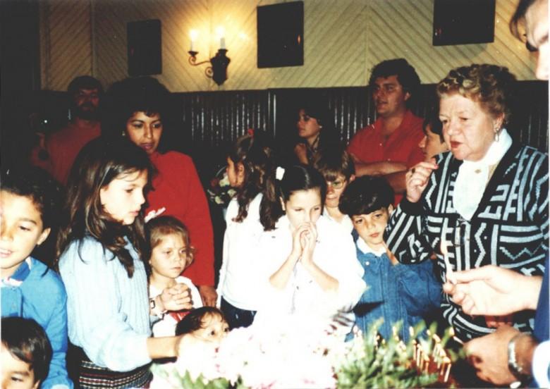 Aniversário de 89 anos de Dona Estela, mãe do Dr. Friedrich Rupprecht Seyboth, em 1980, em Marechal Cândido Rondon.