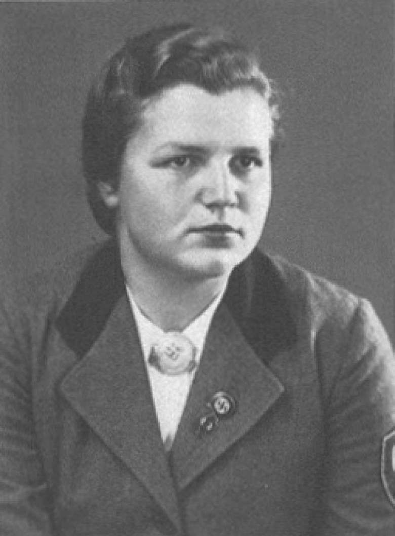 D. Ingrun, em 1937.