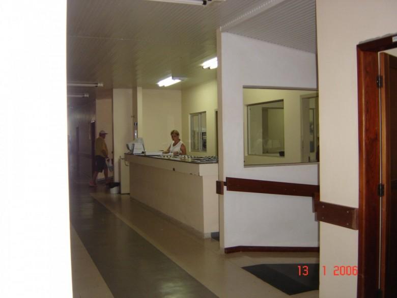 Posto de enfermagem central. Hospital Rondon. 2006.