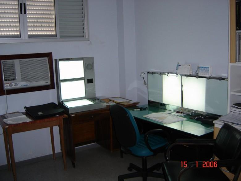 Sala de laudos radiológicos. 2006.