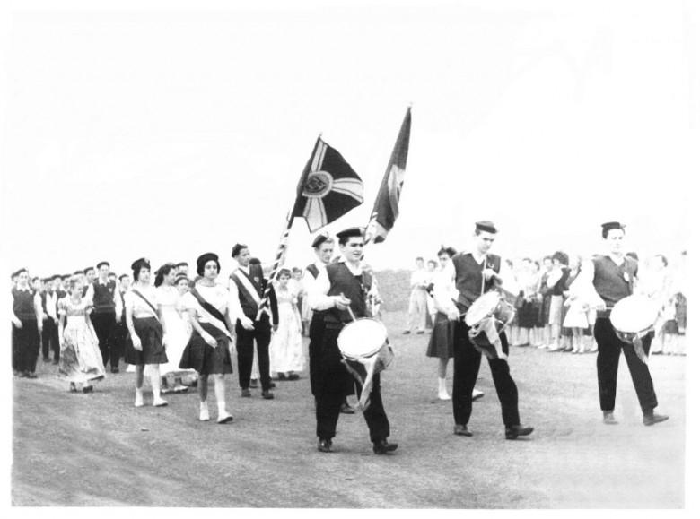 Desfile de 7 de Setembro do Colégio Rui Barbosa, em 1965.
